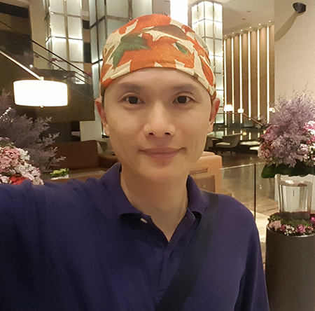 Zhaohui Zhou